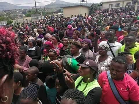 Grieving people in Bamenda 27 October, 2020